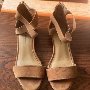 Lucky Brand Girls Sandals Size 2